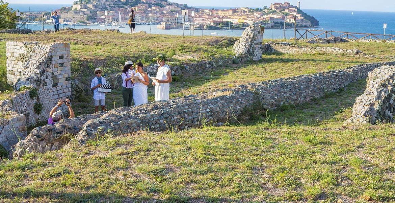 La Pazza Gioia all'isola d'Elba_Le Grotte Portoferraio