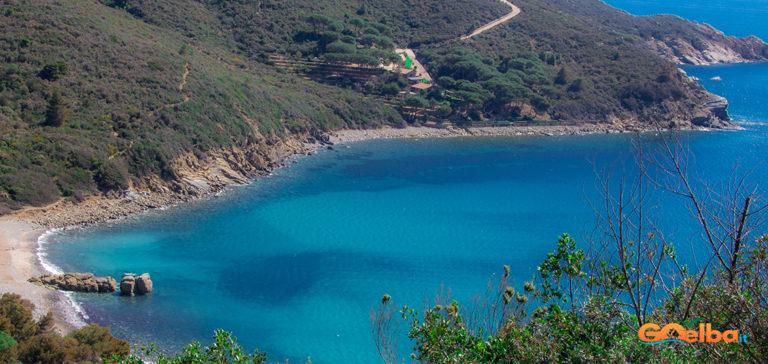 Foto: La Scomoda Spiaggia di Fonza.