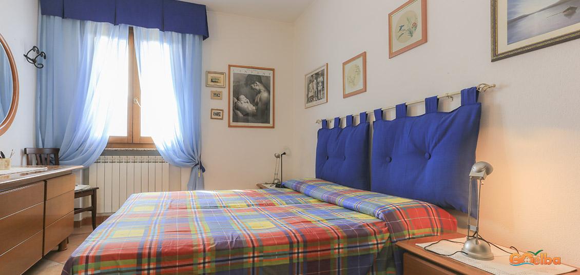 Appartamento l 39 albero del pepe marina di campo isola d for Piani di un appartamento di efficienza di una camera da letto